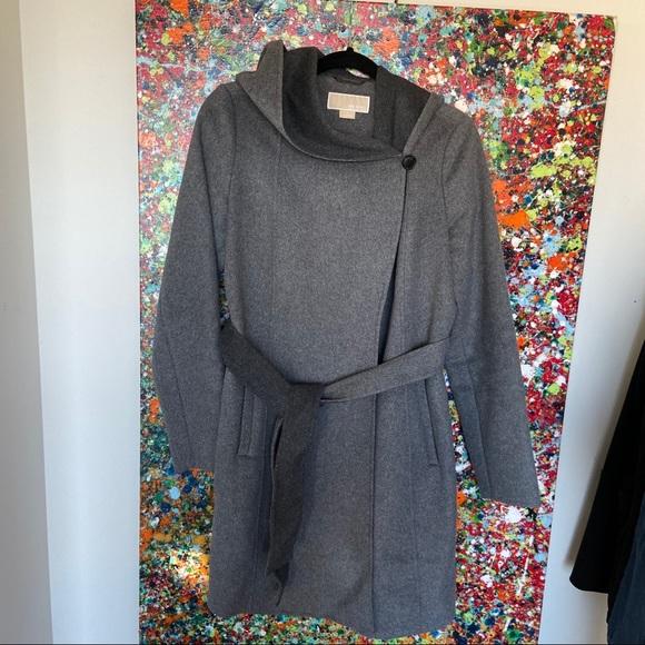Designers brand new never worn michael kors coat